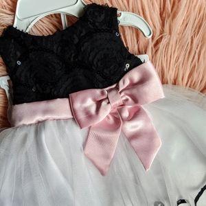NWT Rare Editions Black/White Bow Dress (baby 3-6)